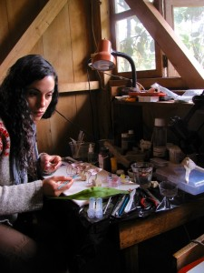 Melinda Barnadas creating the prototypes for the artificial flowers used in the study. Temporary studio located deep in the Ecuadorean cloud forest at Reserva Los Cedros. Photograph: Melinda Barnadas.
